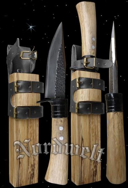 Landsknechtmesser mit traditioneller Holzscheide mittelalterliche Messer