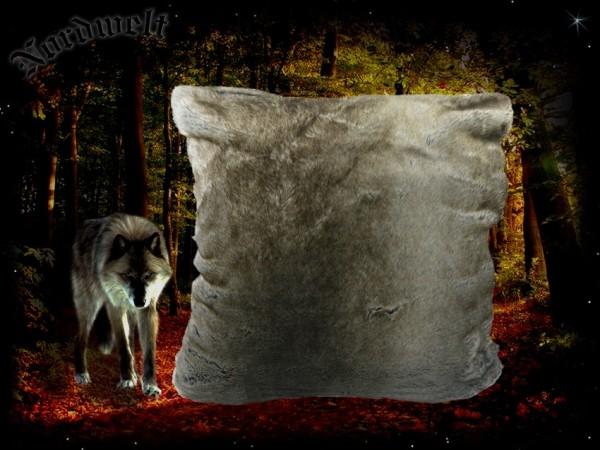 Kissen Wolf Wolfsfell. Fellkissen aus Acryl