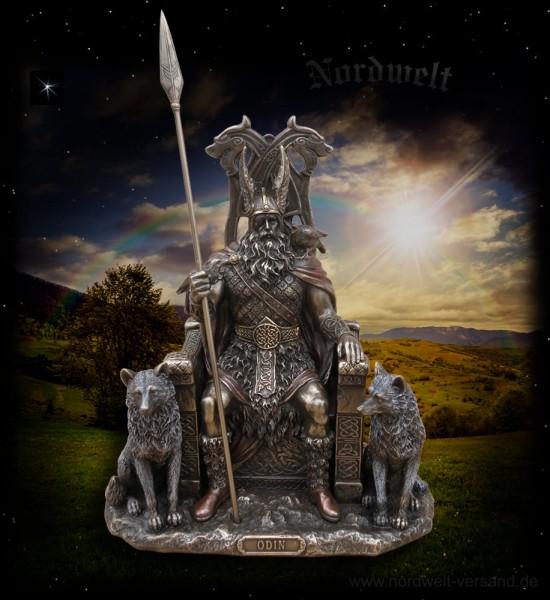Figur Odin auf Thron sitzend Wodan Wotan Göttervater Statue