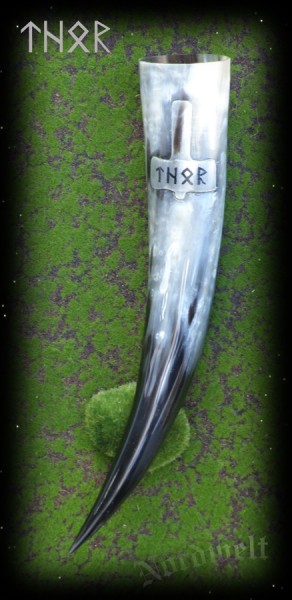 Methorn Schnitzerei Thorhammer Thor Runen Runenschrift mit Thors Hammer Trinkhorn