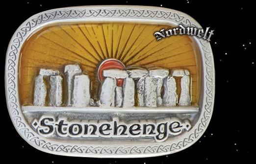"Gürtelschnalle ""Stonehenge im Sonnenaufgang"", Zinn"