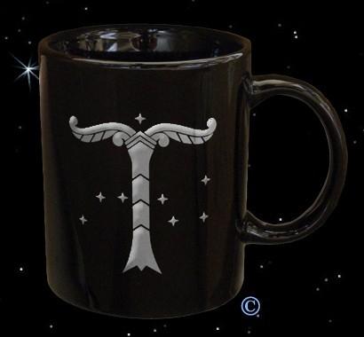 Irminsul Tasse Pott Becher Kaffeebecher schwarz Silber Platin Aufdruck Weltenbaum
