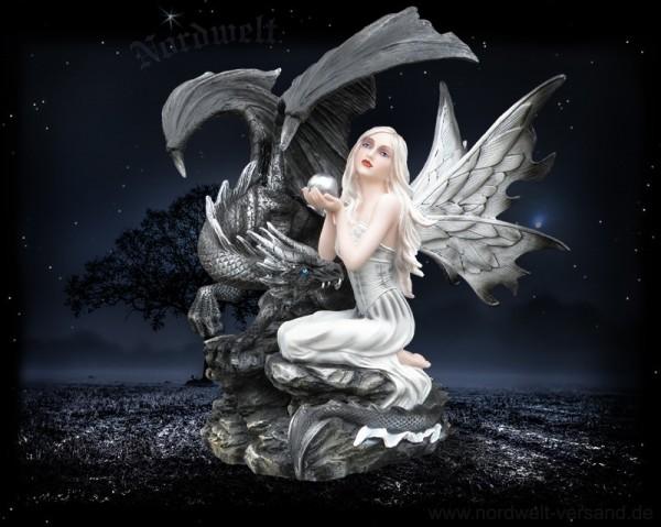 Nachtelfe mit Drache Mondelfe Elfe mit Perle Drachenelfe