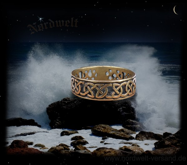 keltische Ring aus Bronze Flechtmuster