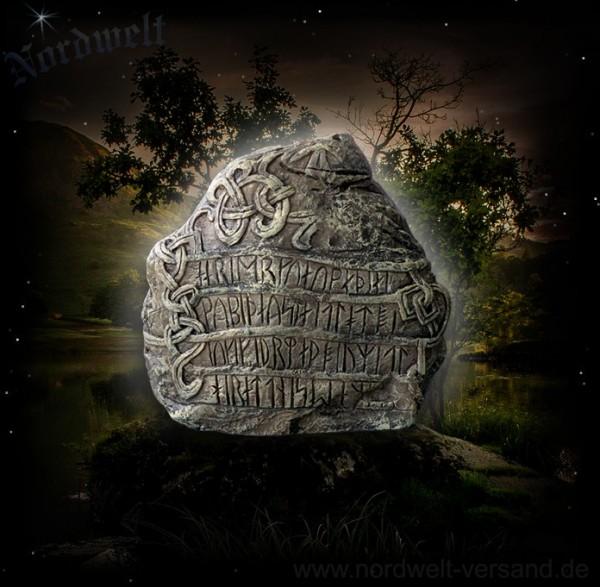 Runenstein von Jelling Menhir Gedenkstein Dänemark Runenstein Menhir Runen Wikinger Ahnenverehrung