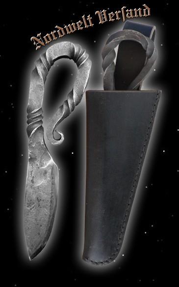 Wikingermesser mit schwarzer Lederscheide