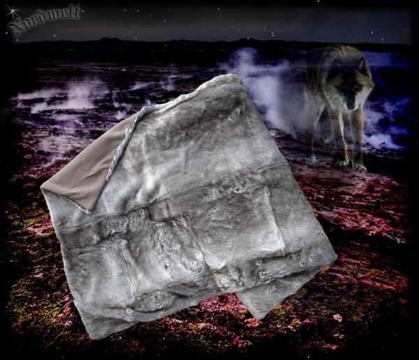 Decke Wolf Wolfsfell Felldecke Fellimitat Kunstpelz Webpelz Wolfsfelldecke