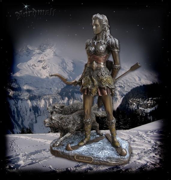 """""""Skadi"""" Göttin der Jagd und des Winters, Figur / Statue, bronziert"""