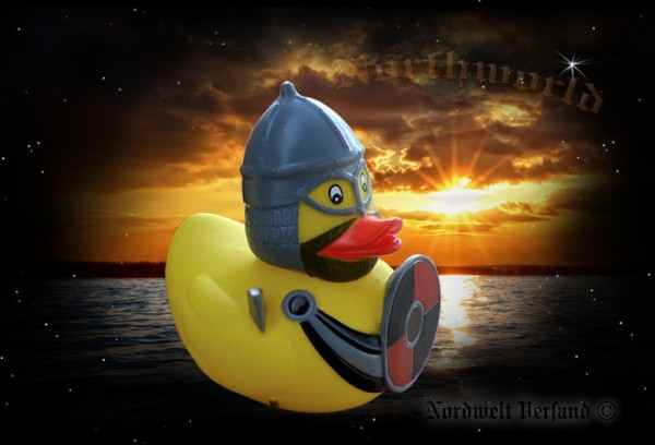 Wikinger Quietsche- Entchen Badewannen Ente mit Helm, Schwert und Schild