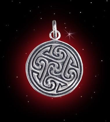 Anhänger mit keltischen Flechtornamenten und Triskelen - 925er Silber